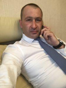 Корнев Антон Вячеславович (Антон на сайте Tinder)